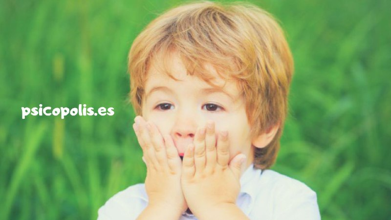Mi hijo/a no da besos: le da vergüenza
